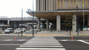長崎県庁新庁舎正面入り口